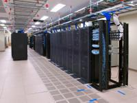 img_firm/2013-06-28_06_server-room-typical.jpg_06