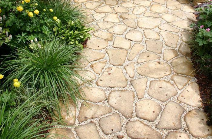 Дорожки из камня своими руками на даче и в саду: какой материал 44